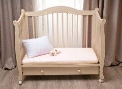 Купить Простынь на резинке в дет. кроватку 007100043 в розницу