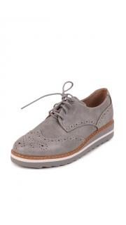 Купить Туфли женские 002801115 в розницу